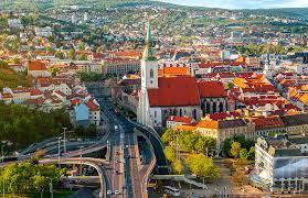 منح دراسية إلى سلوفاكيا