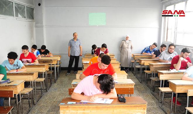 أكثر من 240 ألف طالب يتقدمون إلى امتحانات الشهادة الثانوية 2019 الدورة الاولى