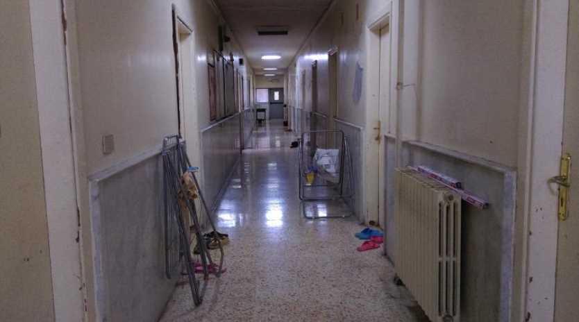 استغلوا تعليق الدوام وسرقوا غرف زملائهم في السكن الجامعي بدمشق ؟!!