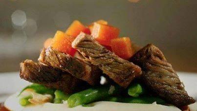 طبخ وجبة اللحم المشوي في الفرن
