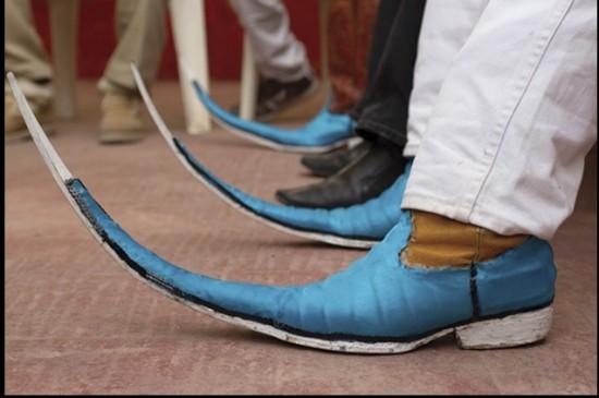 لن تصدق الأحذية المدببة بالمكسيك, تصل لـ 2 متر بالصور والفيديو